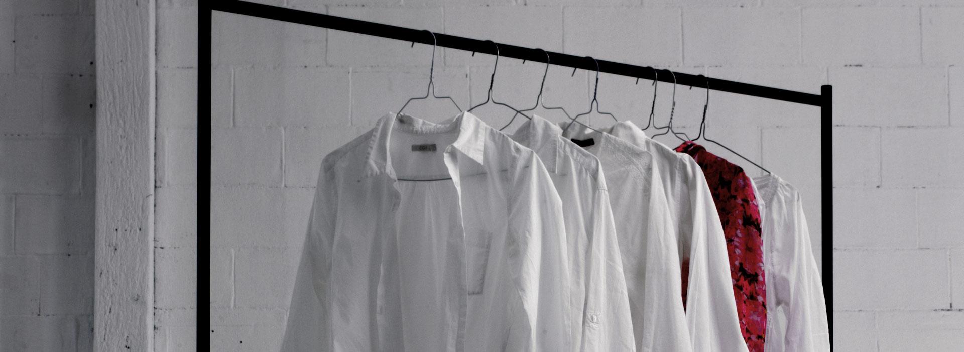 Haal de bezem door je garderobe