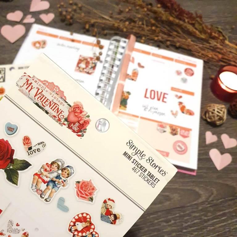Valentine stickers: Happy love day!